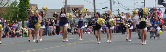 Sequim Cheerleaders